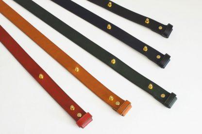 ceinture à boutons de col - couleurs